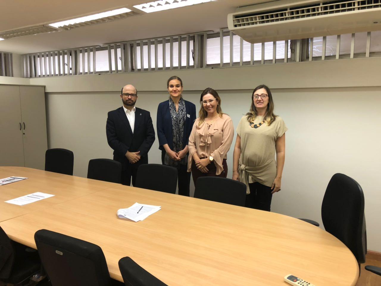 Fenaju discute parceria com Banco Mundial e projeto da Central de Registro