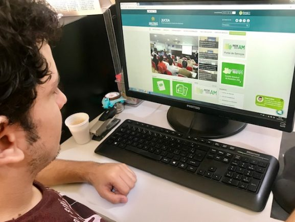 Comitê de desburocratização ganha canal de comunicação no site da Jucea