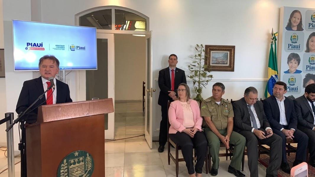 Secretário de Administração destaca transformação da Jucepi