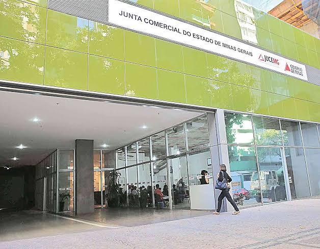 Jucemg e Sebrae-Minas apresentam projeto Sala Mineira e Redesim a gestores públicos municipais