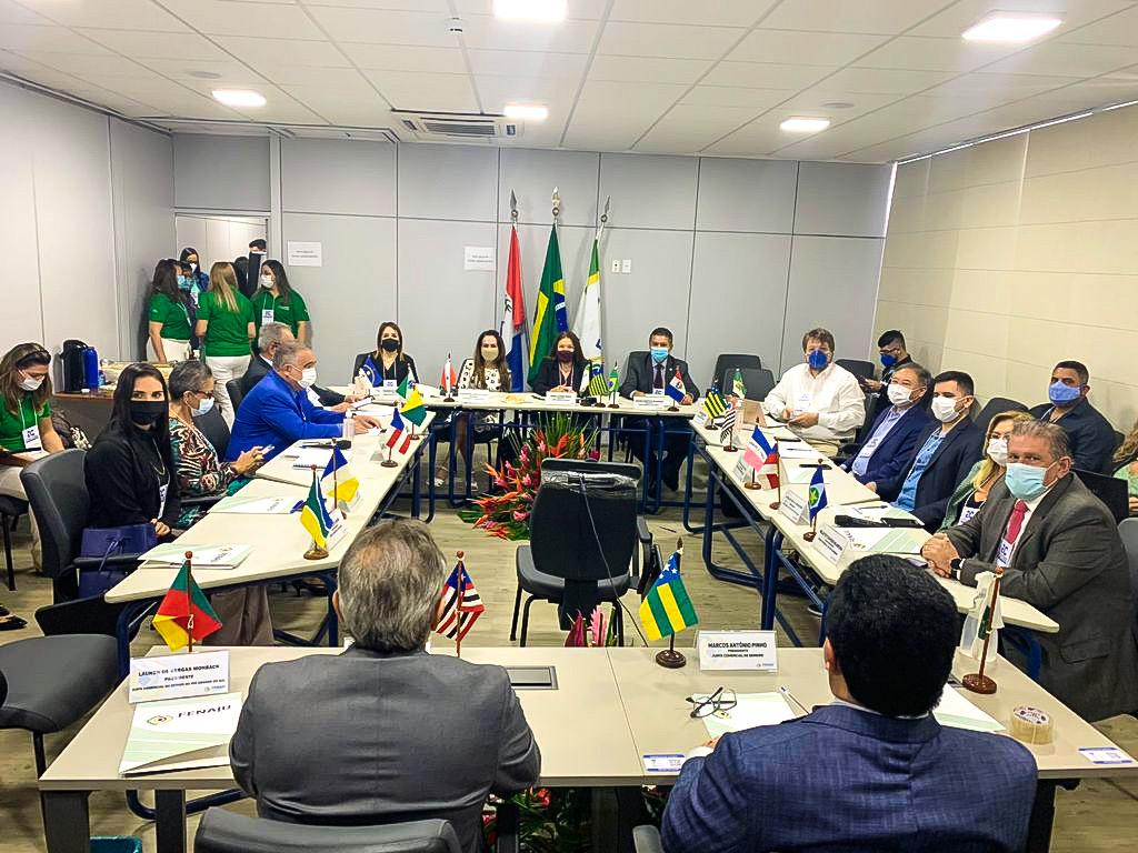 Read more about the article Com foco no ambiente brasileiro de negócios, encontro nacional de presidentes das Juntas Comerciais iniciou nesta quarta em Alagoas